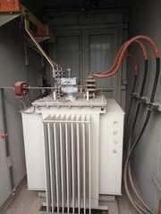 上海二手变压器回收多少钱一吨,上海沪光变压器回收价格-上海新建物资回收有限公司
