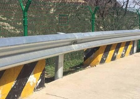 福建A级公路波形护栏开户送38体验金不限id 福州宁德路侧镀锌波形防撞栏厂家生产