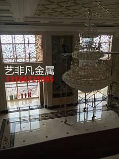 别墅红古铜铝板雕刻镂空花格屏风 展示艺术魅力-佛山市艺非凡金属制品有限公司-
