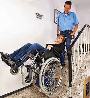 德国AAT爬楼机 适合于公共场所的的夹轮椅型爬楼轮椅S-max SDM7-上海锝茂机电设备有限公司