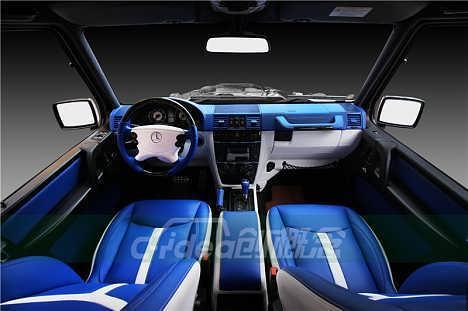 越野车豪华改装案例,创概念为奔驰G55定制舒适内饰