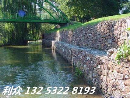 辽宁覆塑石笼网修坝筑堤结构特点  减小流体静压