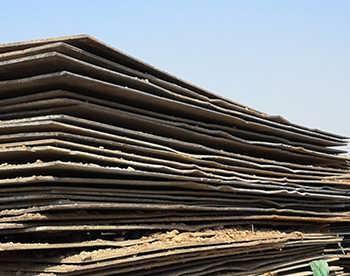 钢板主要用于建筑行业,根据钢板的薄厚