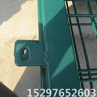 高速公路护栏网 绿色铁丝围栏 农场果园隔离围栏厂家