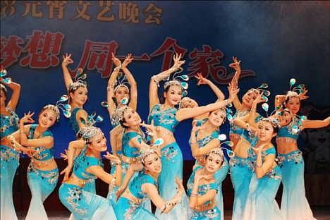 东莞喜庆/爵士/民族/现代弦丽舞蹈队/庆典舞蹈队提供