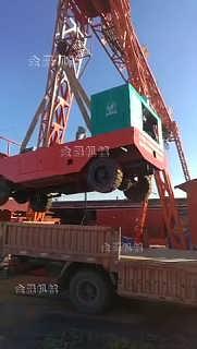 路缘石施工一步到位用路缘石滑模机-卢龙县金城工程机械厂