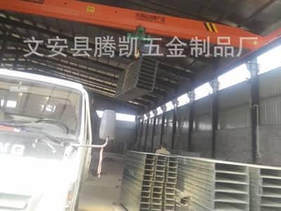 山东立式镀锌电缆桥架保质保量厂家_腾凯-文安县腾凯五金制品有限公司