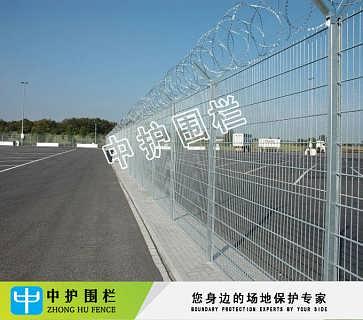 机场电焊网护栏图纸 惠州Y型柱护栏网 框架铁丝网现货