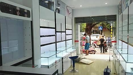 海南烟酒展柜设计,店面装修,烟柜生产,酒柜定制