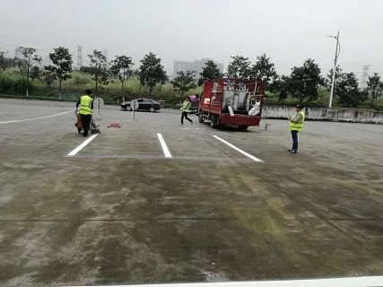 重庆九龙坡停车位划线,重庆九龙坡消防通道划线