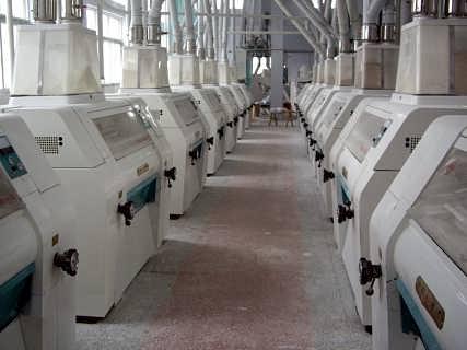 大嘴棋牌山西回收大型食品厂设备长期回收各地区天车龙门吊市场