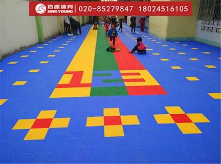 幼儿园软质防滑悬浮拼装地板厂家环保耐用-广州信源体育产业有限公司