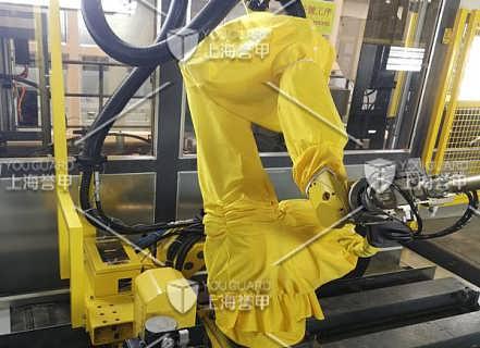 喷涂厂间使用的机器人防护服