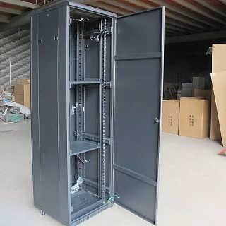 2.2米网络机柜45U机柜-浙江重信电子科技有限公司
