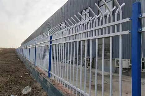 防爬锌钢护栏A山东防爬锌钢护栏图片