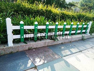 山东PVC护�音也���起栏销售价格
