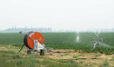 徐州卷盘式喷灌机,徐州卷盘式喷灌机厂家图片