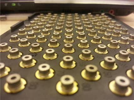 等等   ★产品用途: 激光二极管在计算机上的光盘驱动器,激光打印机中