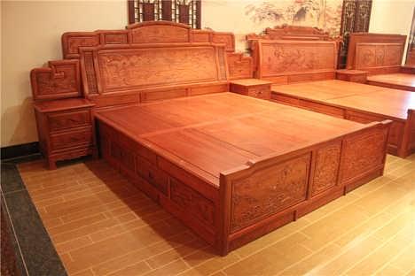 8米实木床 明清古典家具花梨木床 双人雕花大床