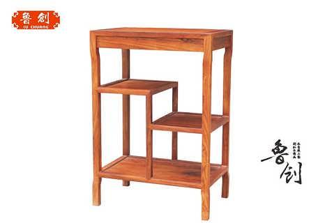 主要产品类别有红木家具  书房系列:办公桌,书柜,博古架,画案,卷头几