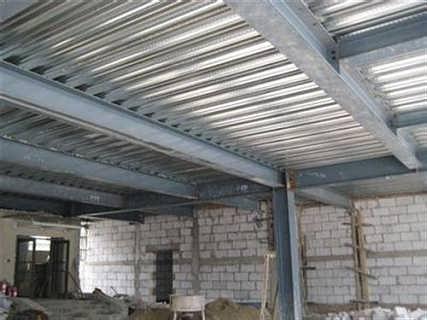 深圳钢构楼梯安装深圳顺达艺展钢结构公司深圳焊接钢结构货架